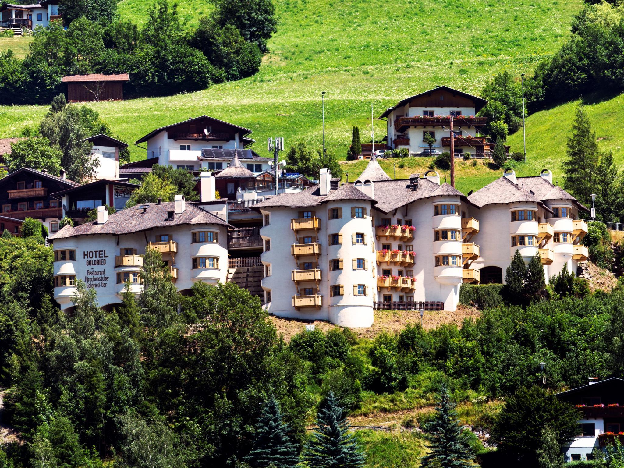 Goldried Park 90 Tirol